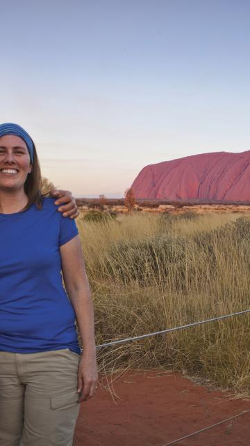 couple in front of Uluru